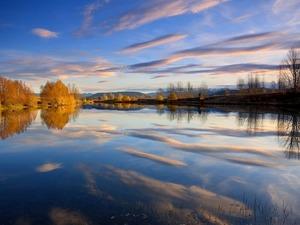Обои Небесное отражение