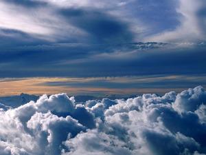 Обои Над облаками