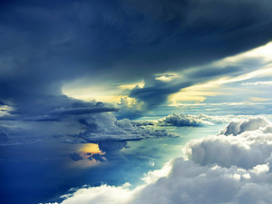 Обои В облаках