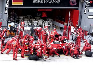 Обои Команда Ferrari F1