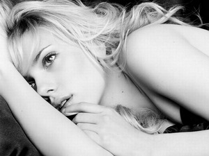 ���� �������� �������� (Scarlett Johansson)
