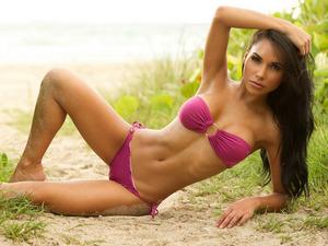 Обои Лиза Моралес (Lisa Morales)