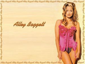 Обои Элли Баггетт (Alley Baggett)