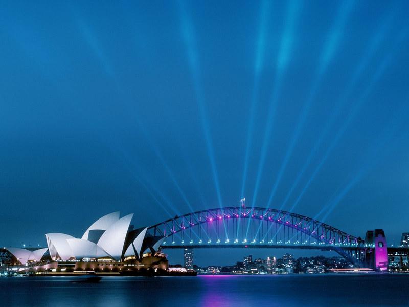http://img.desktopwallpapers.ru/world/pics/sydney-night.jpg